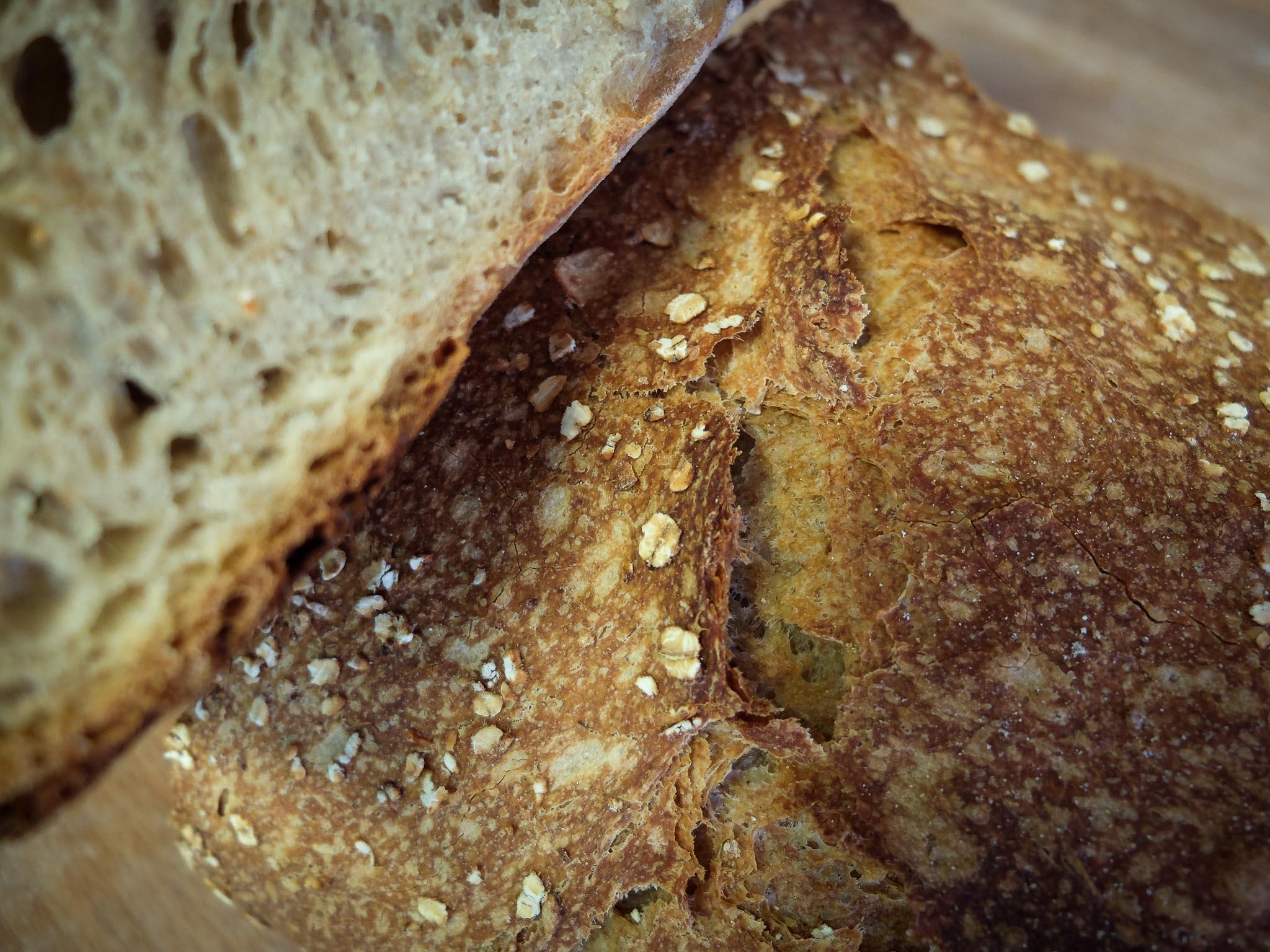 Le Trièves, pain de campagne figurant dans notre gamme, composé d'un levain de blé concassé